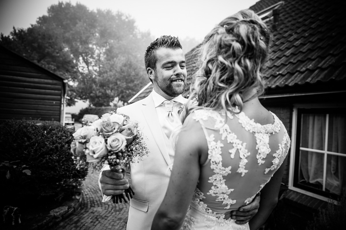 trouwen-op-een-boerderij-hattem-004jacob-daphne